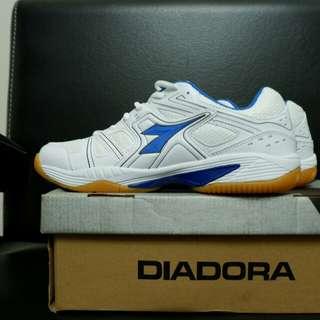 Diadora Marin Blue white badminton