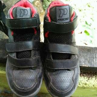 sepatu anak size 32