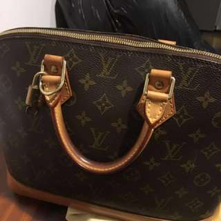 Vintage Louis Vuitton Alma PM