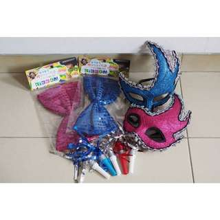 Party accessories / toys