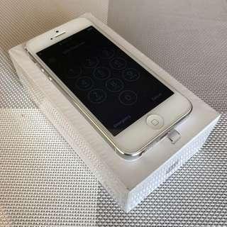 iPhone 5 64GB White (Factory Unlocked)