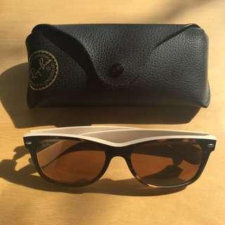 Genuine Rayban 'New Wayfarer' style sunglasses