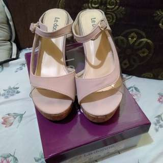Wedge Le Donne size 7