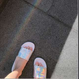 holographic sliders