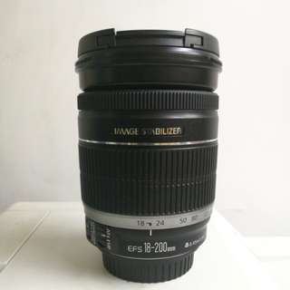 Canon 18-200mm IS