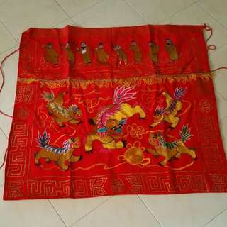 BUDDHISTS EMBROIDERY TABLE PRAYING SKIRTING RED CLOTH