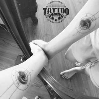 眼睛👀貼紙紋身貼紙男女款印水紙帥氣紋身各種貼紙高端刺青貼紙逼真效果紋身貼滿100包平郵