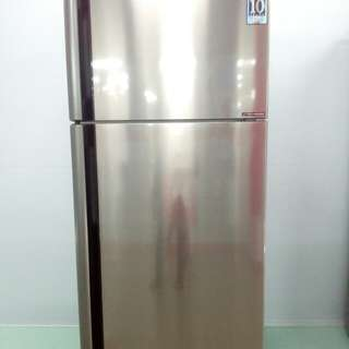 Sharp Refrigerator 670 Lt