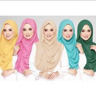 Instant (Gorjes 5 Saat) shawl
