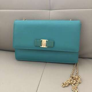 Salvatore Ferragamo 100% real Tiffany blue  實用高貴手袋