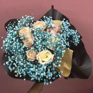 Roses & Baby's Breath Bouquet
