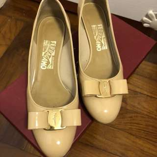 Ferragamo shoes size6.5