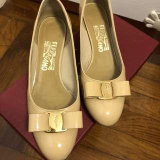 Ferragamo shoes size6.5