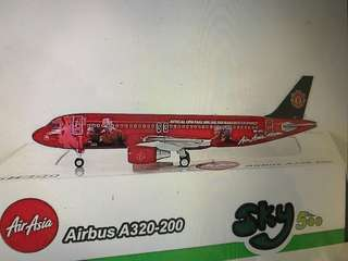 *LIMITED EDITION* 1:500 Airasia A320 Man Utd livery