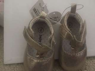 Size 2 baby girl shoes