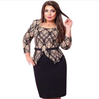 PLUS SIZE Black Long Sleeve Dress