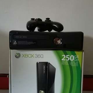 XBOX 360 BLACK 250GB GO, JTAG/RGH, FULL GAMES, SECOND