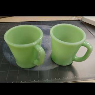 Fire King Anchor Hocking Jadeite vintage,  2pcs  Mug Cup,  Made in USA  Damage remarks : has a cracks / breaks / chalking