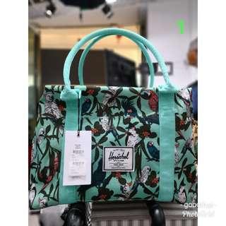 Herschel shopping bag(can extend to duffel bag)