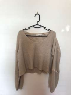 BEIGE CROPPED BAGGY SWEATER