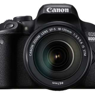 Canon EOS 800D  18-135mm kit