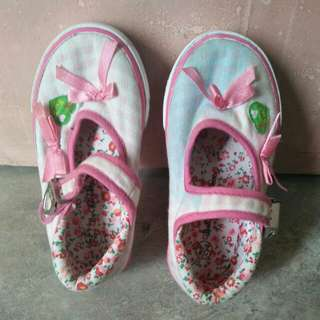Pink shoes (for kids) (Imported)