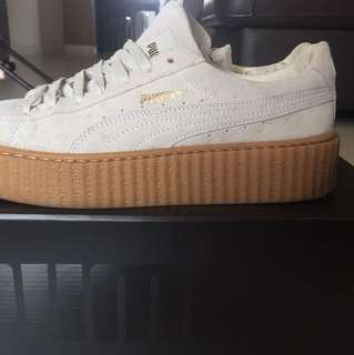 //creepers// AUTHENTIC fenty suede creepers oatmeal.