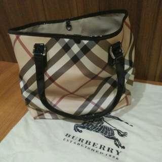 Premium Burberry tote bag