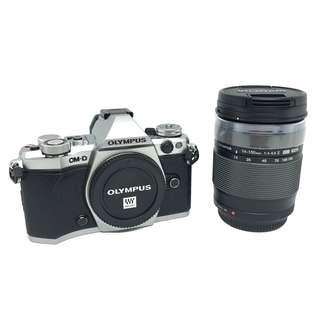 NEW Olympus E-M5 II (Silver) + m.Zuiko ED 14-150mm f4-5.6 II Lens