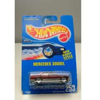 Hot Wheels Mercedes 380 SEL