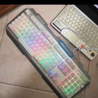 Wired keyboard with back light and mouse