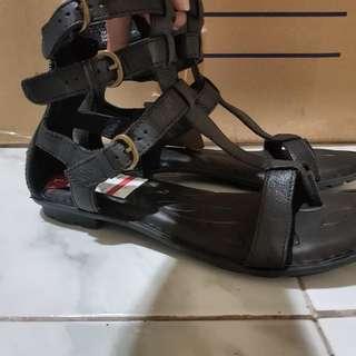 BNWT BORN Handmade Leather Gladiator Shoes