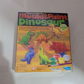Mould and paint dinosaur glow in the dark