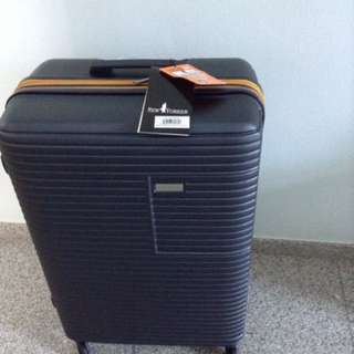 BN New Yorker luggage