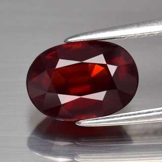 2.90ct Oval Natural Orangish Red Rhodolite Garnet