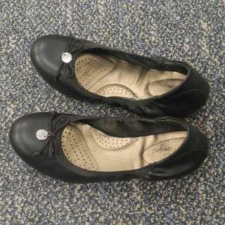 Payless Deflex Comfort Flat Shoes