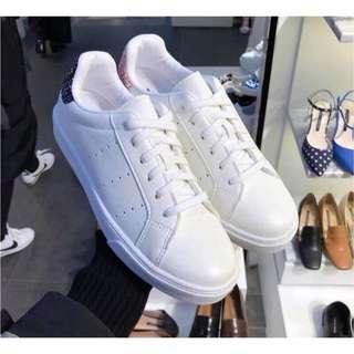正韓 後亮粉小白鞋