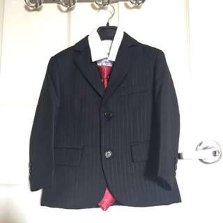 Used once boys formal wear coat and tie complete set