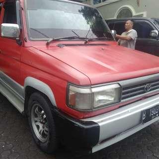 Toyota kijang rover 1994