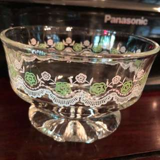 Vintage sundae glasses