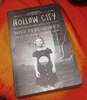 Miss Peregrine's Peculiar Children: Hollow City