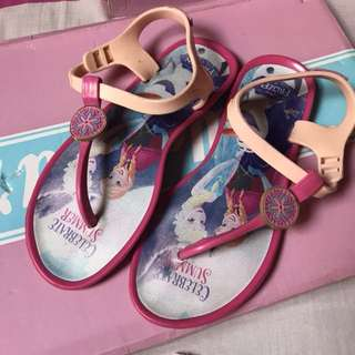 Sugar kids frozen sandals