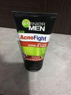 Brand New Garnier Men AcnoFight Anti-Acne Scrub In Foam