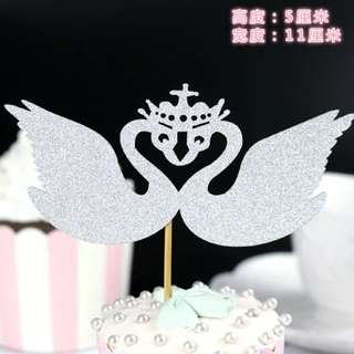 Swan cake toppers/wedding/birthday/Props