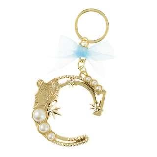 日本 Disney Store 直送灰姑娘 Cinderella 珍珠系列 Initial C 鎖匙扣
