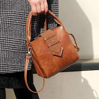 Handbag / Sling bag ; Trendy Stylish Cute Small Smooth leather Crossbody Messenger Shoulder Hand Bag ; women's ladies girls woman monochrome