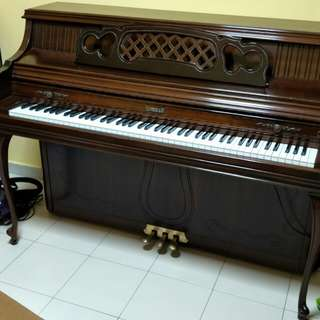 Antique Piano (Kimball)