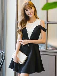 AO/KKC072255 - White Lace Splicing Off Shoulder Slim A-Line Dress