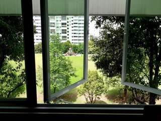 For Rent Room at Yishun Executive Apt.  Blk. 791 Very Private Common Room