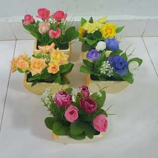 Artificial flowers with ceramic pot